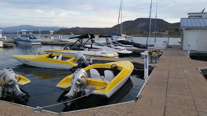 Ski-Boats
