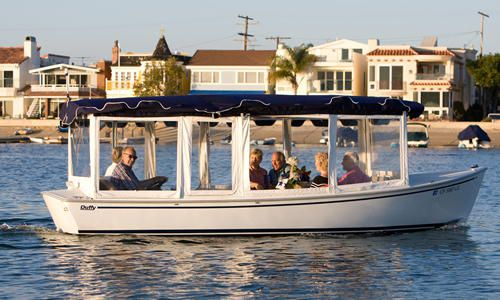 Perfect For Cruising Newport Harbor Day Or Evening Our 18 Foot Duffy Electric Bay Cruiser With Eizing Gl Enclosures Will Keep A Maximum Of 8 Pengers