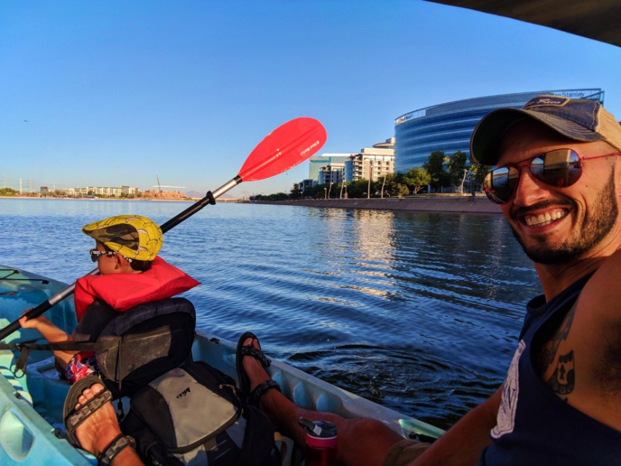 Taylor-Family-at-Tempe-Town-Lake-Kayaking-under-bridges-9